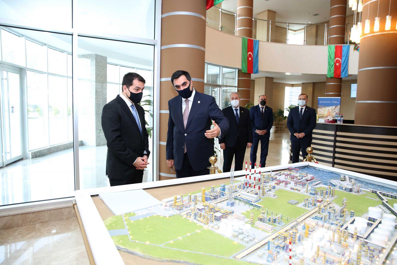 Bhos President S Assistant Visits Baku Higher Oil School